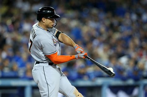 giancarlo stanton hit a home run out of dodger