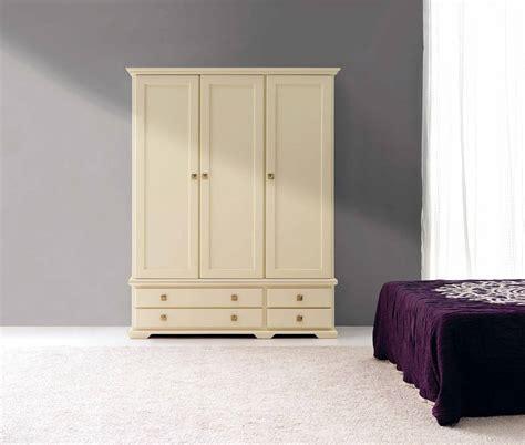 armario de     puertas dormitorios provenzalpino  muebles  muebles peymar