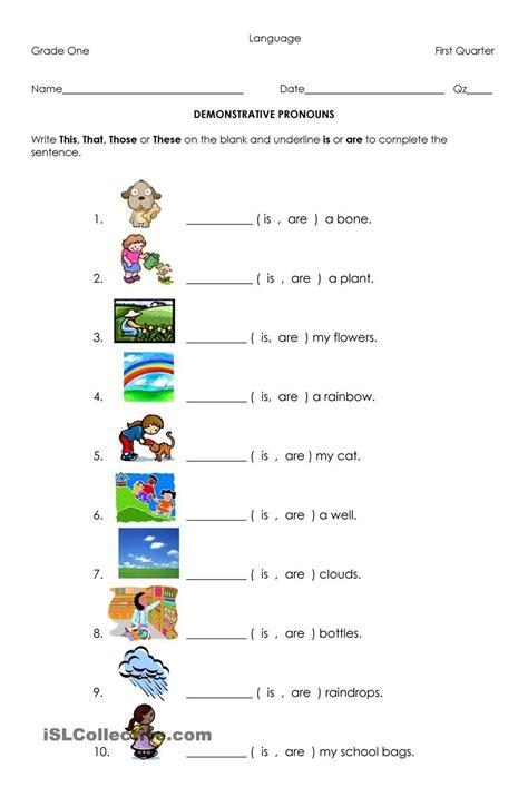 demonstrative pronouns teaching 1st grade