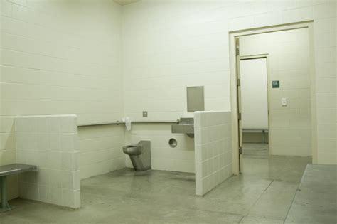 prison toilet and oregon s creek prison faces frozen sewer system