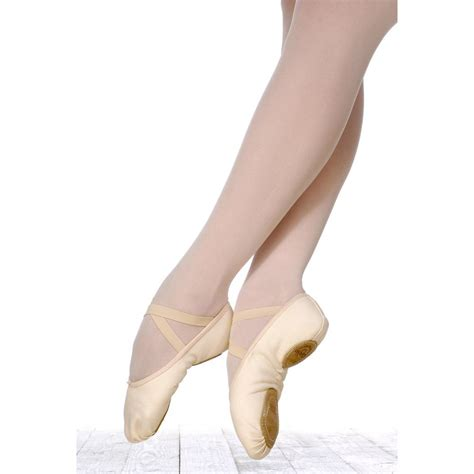 ballet shoes 301 moved permanently