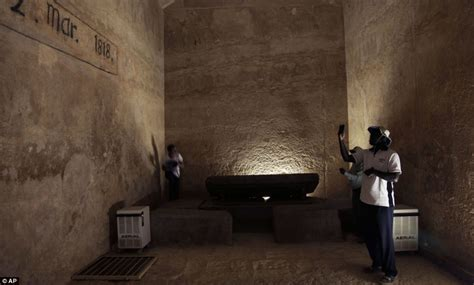 Pyramid Interior by Great Pyramid Of Giza Historical Facts And Pictures The
