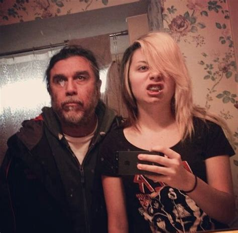 tom araya and his daughter taking a selfie bands n