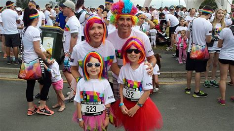 what to wear to a color run costume wigs color run coloured wigs the wig outlet