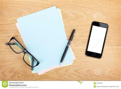 Masquez Le Papier Ray 233 Avec Le T 233 L 233 Phone Portable Les T L Phone De Bureau