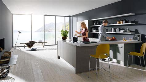 bilder kücheninsel wohnzimmer grau weiss wandgestaltung