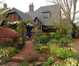 the story of a brick cottage in portland more links i