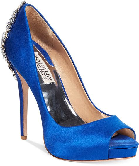 E Heels 958 1289 the 10 pairs of heels every needs in closet fm