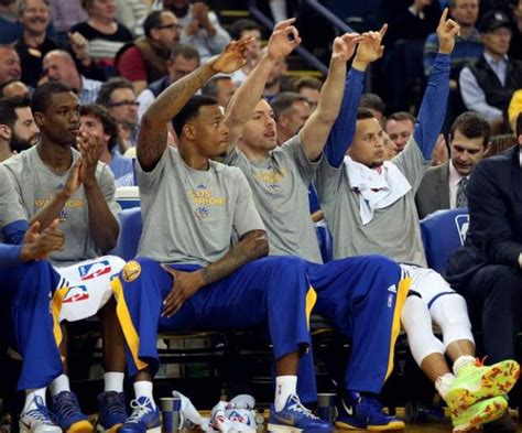 golden state bench warriors roll over mavericks 104 89 the mercury news