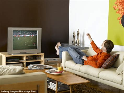 couch sports weekends are the busiest day for women while their men do