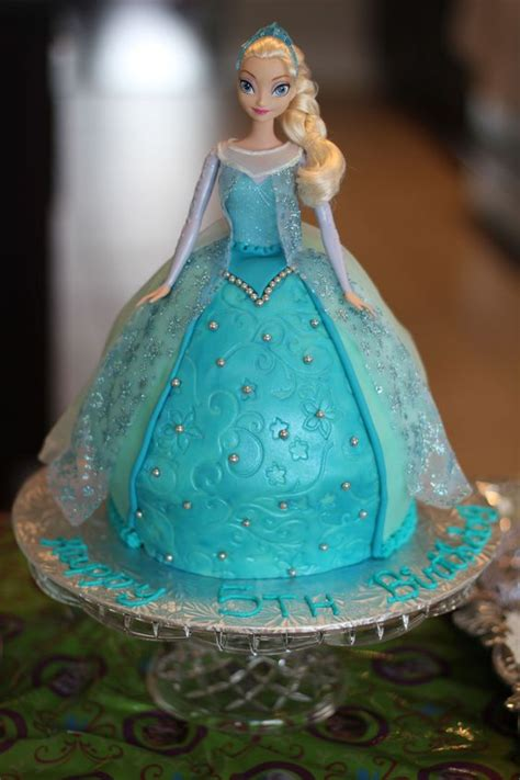 frozen doll mold frozen elsa cake with fondant i used the wilton classic