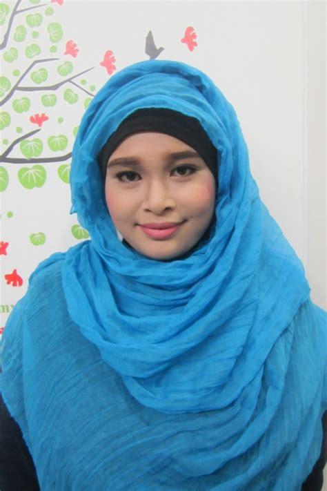 tutorial jilbab pashmina bahan licin bagaimana cara mencuci dan merawat kerudung pashmina