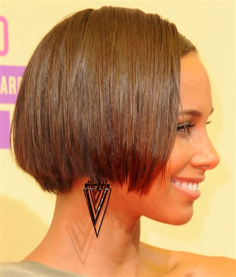wedge haircut with a weight line haircuts with weight line in back short hairstyles with