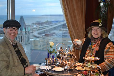 Barenz Blazer tea for two at the pfister
