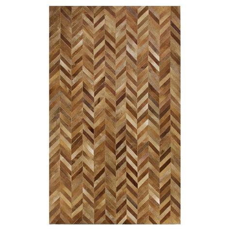 Chevron Cowhide Rug by Chevron Pattern Cowhide Rug Textiles Fabrics