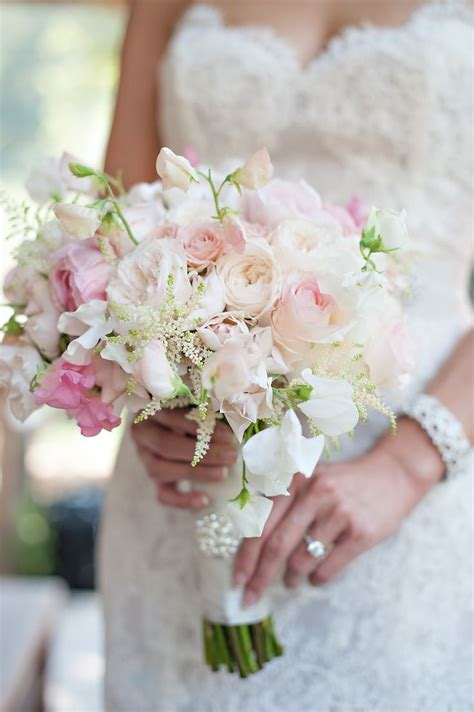 Wedding Pink Flowers by Best 25 Sweet Pea Wedding Flowers Ideas On