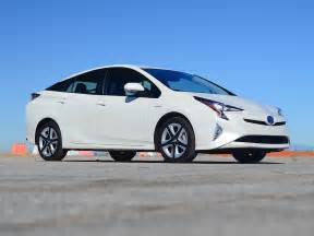 Toyota Prius Highway Mileage 5 Stellar Cars That Get At Least 40 Mpg Automotive News