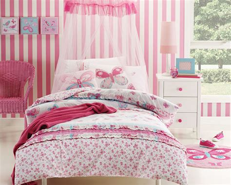 vs bedding blog butterfly duvet covers vs comforters kids bedding