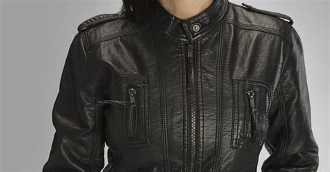 Mildew On Leather by How To Remove Mold From Leather Jackets Ehow Uk