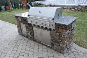 Backyard Cafe And Grill Gas Grills Rockford Il Benson Stone Co