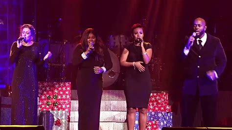 background singers clarkson background singers sings the song