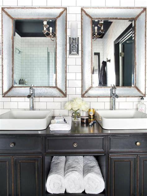 Small Bathroom Towel Rack Ideas by Salle De Bain Ancienne Un Charme Authentique Et Irr 233 Sistible
