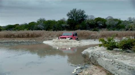Jeep Bowl Commercial 2018 by 2018 Jeep Wrangler Bowl 2018 Tv Commercial Anti