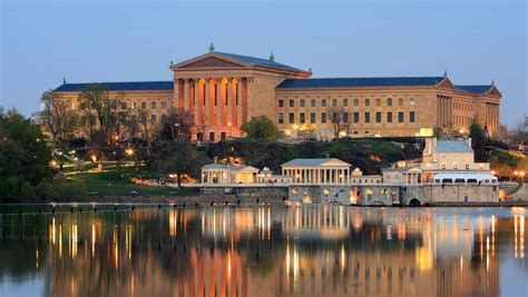 hotel near philadelphia museum of art