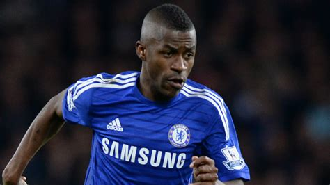 chelsea today ramires rushed to hospital before the game chelsea news