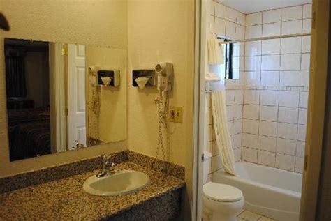 Standard Bathroom Picture Of Americas Best Value Inn