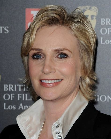 short layered bob for over 50s 2014 jane lynch hairstyle for women over 50 male models picture