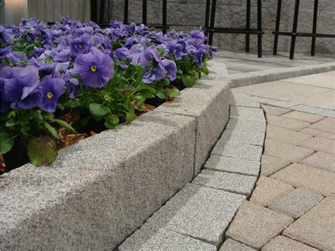 bordure per giardino pietra bordura per aiuole in calcestruzzo pietra by m v b