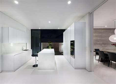 Increíble  Muebles Piso Completo #4: Diseño-de-muebles-blancos-de-cocina-moderna.jpg