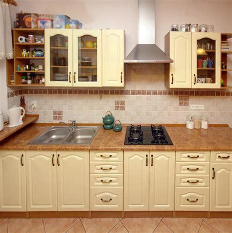 kitchen almirah design מטבחים כפריים