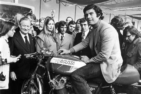 Motorrad Gp Weltmeister by 1972 Motorrad Gp Weltmeister Giacomo Agostini Auf Einer