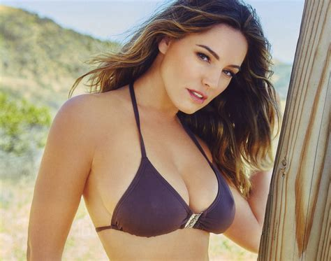 libro kelly brook official 2017 kelly brook by randall slavin for official calendar 2016 she pictures kelly