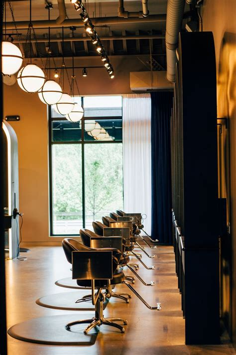 Indianapolis Interior Designers by Best 25 Industrial Salon Ideas On Industrial