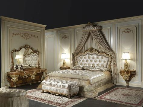 Schlafzimmer Barock Stil by Chambre Style Baroque Luxueuse Et Pleine De Caract 232 Re