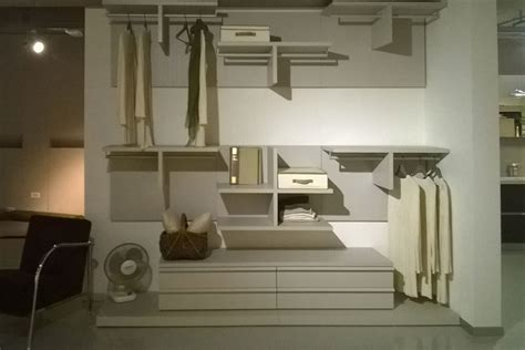 cabina armadio offerta offerta cabina armadio novamobili nv04 armadi a prezzi
