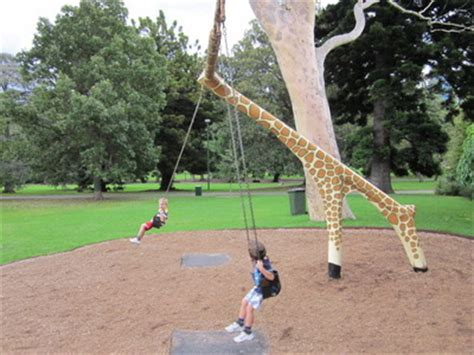 giraffe swing treasure walk in the fitzroy gardens melbourne