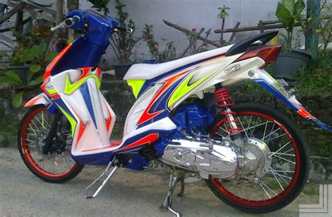Striping Stricker Beat F1 2015 20 gambar modifikasi motor honda beat standar kumpulan modifikasi motor