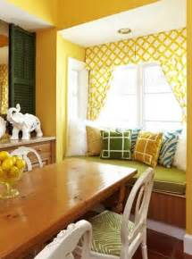 Yellow Dining Room Curtains Ideas 25 Ideas For Dining Room Decorating In Yelow And Green Colors