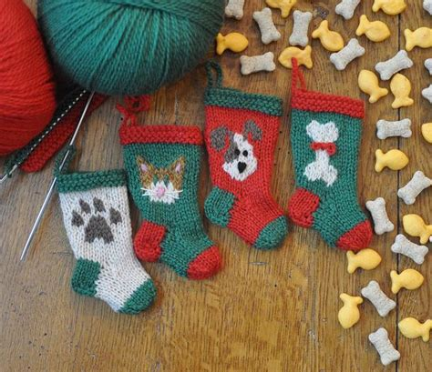 pattern for dog christmas stocking dog and cat knitted christmas stocking ornaments