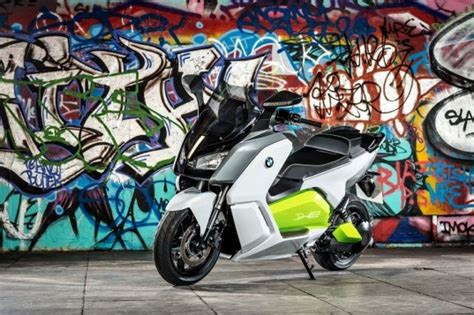 wallpaper graffiti vespa bmw c evolution is a stylish electric scooter with a 62