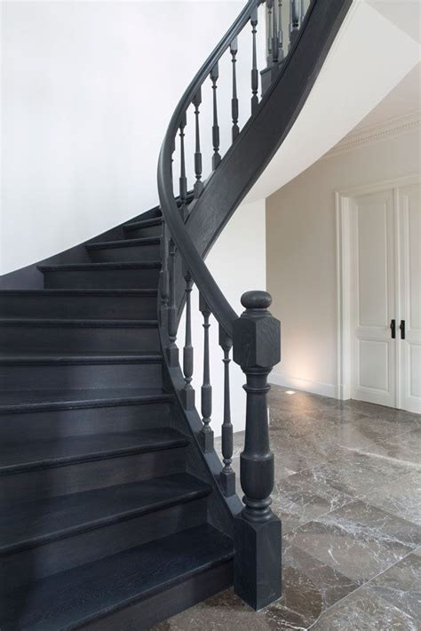 black staircase 17 best images about hal en overloop trap on pinterest