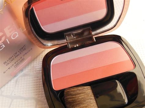 Loreal Lucent Blush Pemerah Pipi Blush On l oreal lucent magique blush of light glow palette blushing 03 review swatches