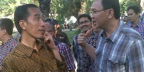 ahok tertawa ahok diserang kasus reklamasi jokowi tertawa okezone news