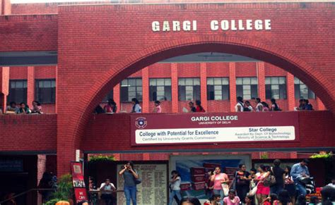 Government Mba Colleges In Delhi by Top 10 Bba Colleges Delhi Bms Bbe Bba Fia