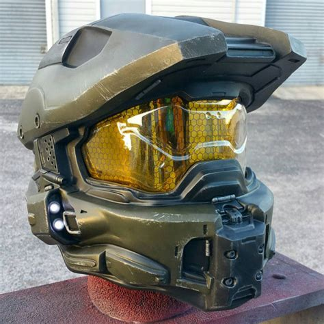 How To Make A Master Chief Helmet Out Of Paper - ultimate halo 4 master chief helmet replica padded and
