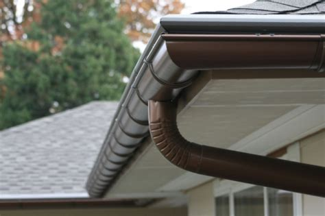 Which Is Better Metal Or Vinyl Gutters - aluminum vs copper gutters cost
